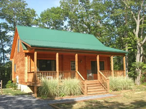 Blue Moon Cabin- a Relaxing Getaway in the Shenandoah Valley