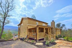 Parkside cabin rentals gatlinburg smoky mountains for Blue ridge mountain tennessee cabin rentals